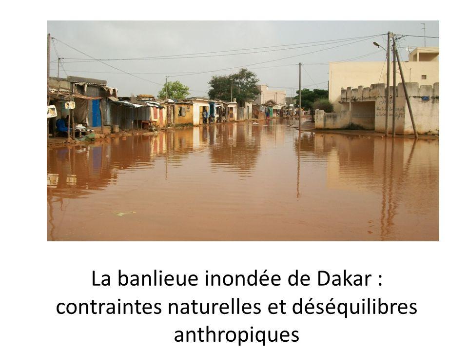 La banlieue inondée de Dakar : contraintes naturelles et déséquilibres anthropiques