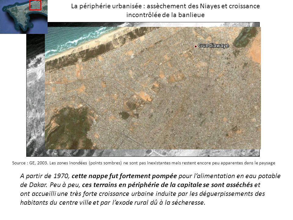La périphérie urbanisée : assèchement des Niayes et croissance incontrôlée de la banlieue A partir de 1970, cette nappe fut fortement pompée pour lalimentation en eau potable de Dakar.