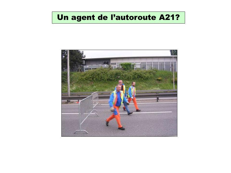 Un agent de lautoroute A21