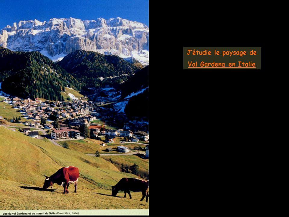 Jétudie le paysage de Val Gardena en Italie