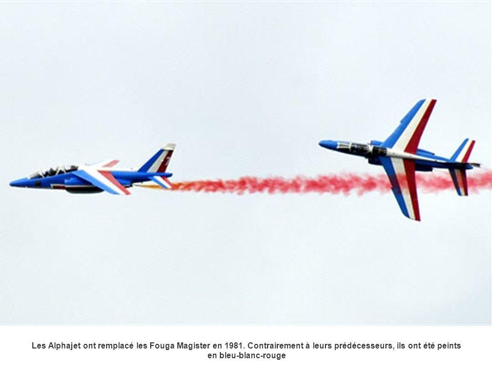 Les Alphajet ont remplacé les Fouga Magister en 1981. Contrairement à leurs prédécesseurs, ils ont été peints en bleu-blanc-rouge
