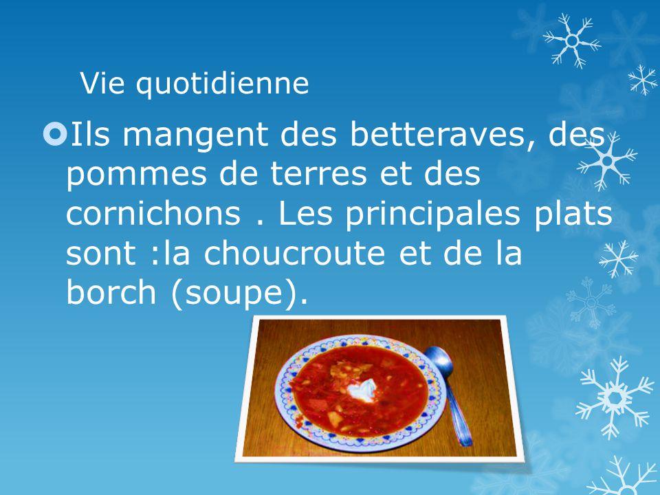 Vie quotidienne Les fruits quils mangent sont: les myrtilles, les fraises, bleuets, framboises et les canneberges.