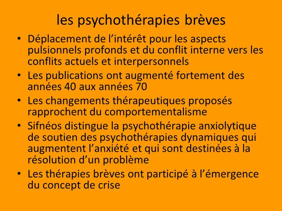 Dans le mouvement analytique les thérapies brèves ont été un sujet conflictuel entre thérapeutes Place du trauma.