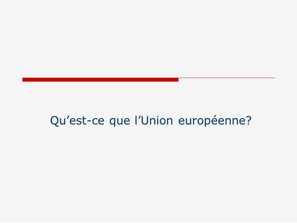 Pour les politologues UE = objet politique non identifié Les Traités ne forment pas une Constitution cohérente et ne visent pas à la reproduction au niveau supranational dun Etat fédéral et supranational Les traités ont mis en place des institutions dans un souci defficacité et déquilibre entre différents types dintérêts, mais nont pas de dimension NORMATIVE et sont avant tout fonctionnels UE ne respecte pas les règles classiques de lorganisation du pouvoir (séparation des pouvoirs, chaine de responsabilité…) UE dispose dun cadre institutionnel UNIQUE et ses institutions exercent leurs pouvoirs de façon très différente selon les domaines concernés