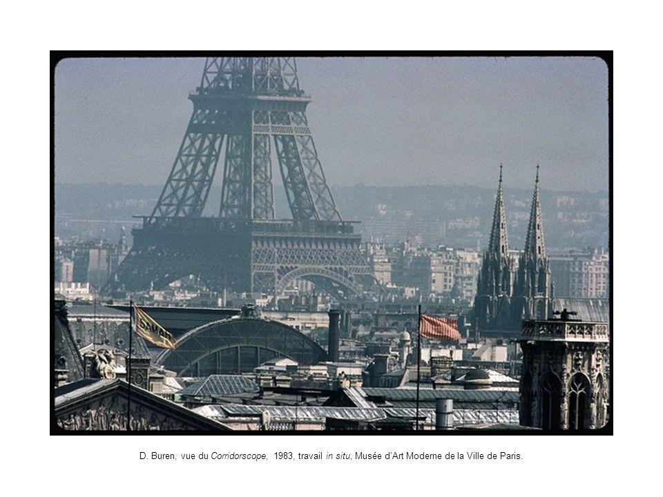 D. Buren, vue du Corridorscope, 1983, travail in situ, Musée dArt Moderne de la Ville de Paris.