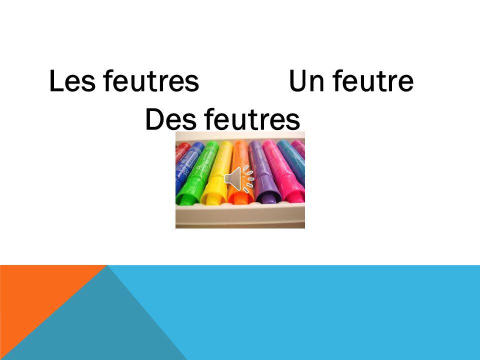 Les crayons de couleurUn crayon de couleur Des crayons de couleur