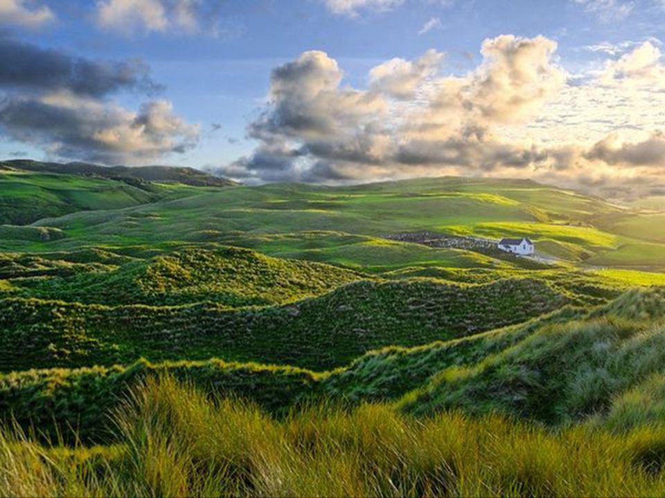 Celui qui déplace la montagne, Cest celui qui commence À enlever les petites pierres. Confucius