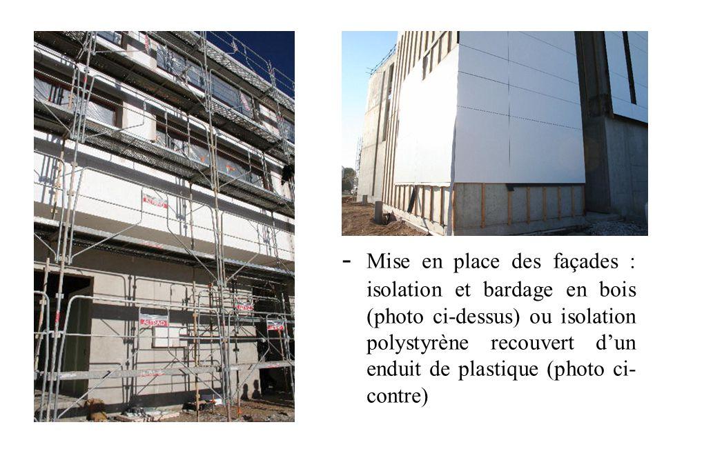 * Lycée Victor Hugo * Nous avons vu différentes étapes d'avancement des travaux sur le chantier... - Edification des murs en béton - Charpente métalli