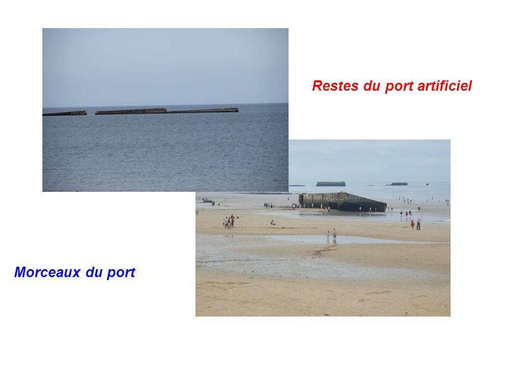 Restes du port artificiel Morceaux du port