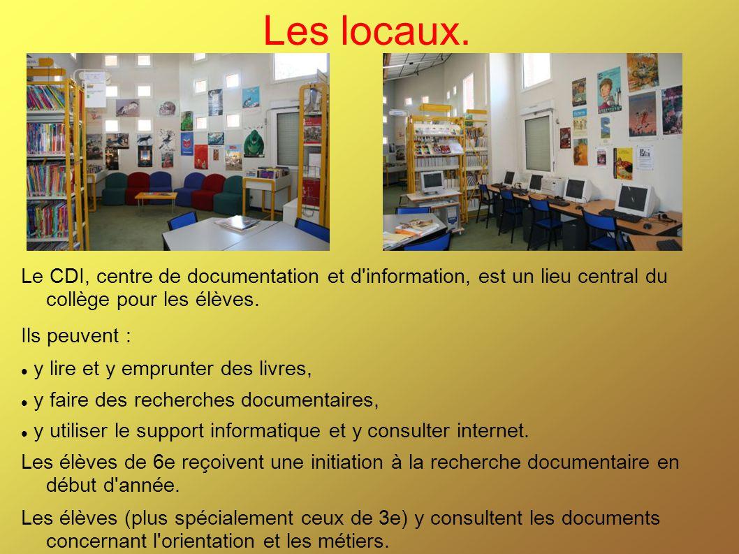 Les locaux. Le CDI, centre de documentation et d'information, est un lieu central du collège pour les élèves. Ils peuvent : y lire et y emprunter des
