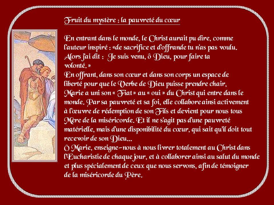 Marie a fait deux voyages durant sa grossesse : lun sous la mouvance de lEsprit, lautre pour obéir à César : deux extrêmes, qui englobent toute la vie