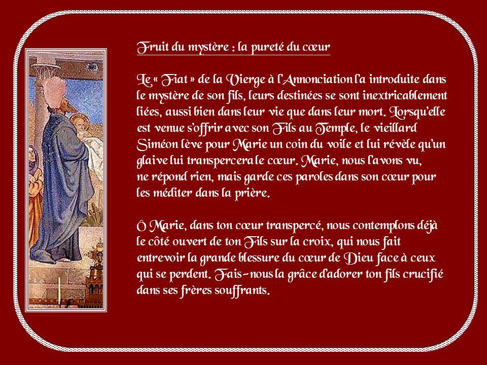 Cest le mystère de la purification de Marie. La loi demande en effet que toute femme qui enfante soit purifiée, et que toute mère qui met au monde son