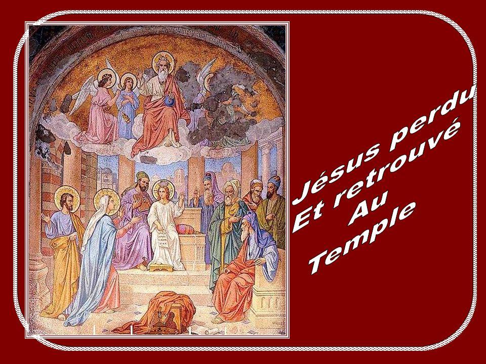 Fruit du mystère : la pureté du cœur Le « Fiat » de la Vierge à lAnnonciation la introduite dans le mystère de son fils, leurs destinées se sont inext