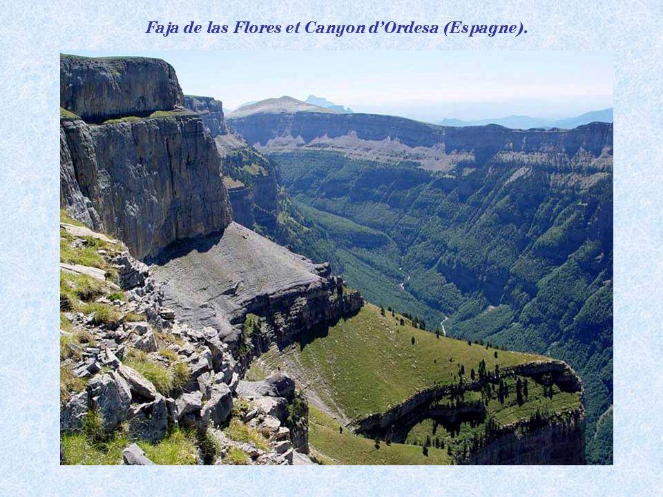 Le Canyon dOrdesa (Espagne), une merveille de la nature.