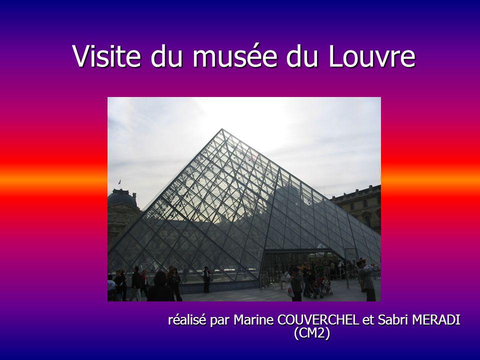 Visite du musée Rodin à Paris Voici une vue extérieure du musée Rodin.