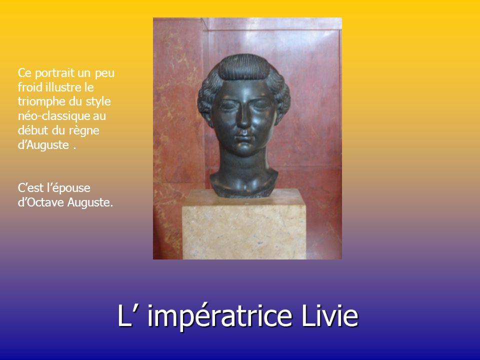 Voici l empereur Auguste. Cette statue fut créée entre 30 et 20 avant J.-C. Cette statue est très inspirée de la sculpture grecque.