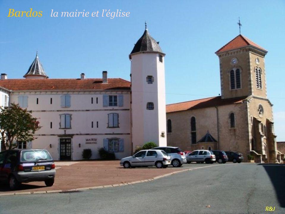 Urt église de lassomption-de-la-Bienheureuse-Vierge-Marie