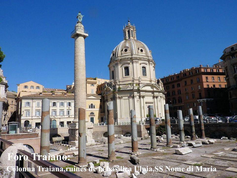 La piazza del Campidoglio,avec à lentrée les Dioscures.Au fond le Palazzo Senatorio