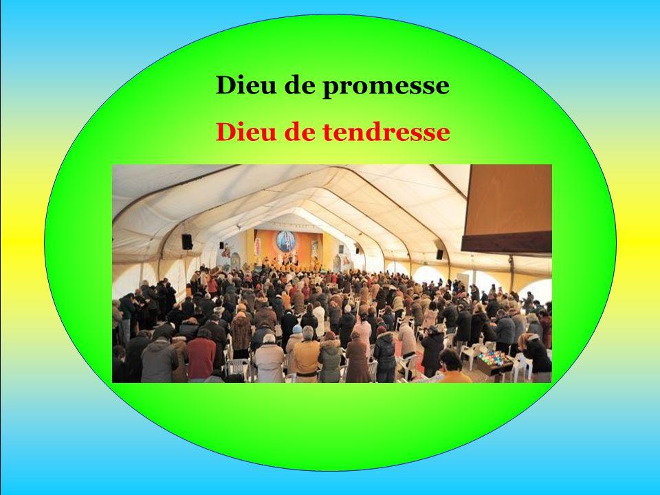 En Jésus-Christ Il nous devance Nous invite À goûter sa Joie.
