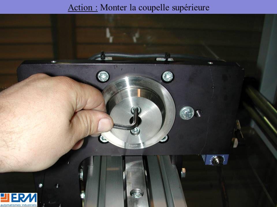 Action : Monter la coupelle supérieure