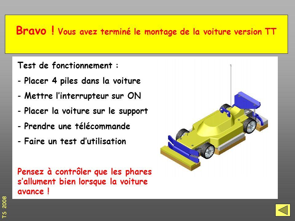 Test de fonctionnement : - Placer 4 piles dans la voiture - Mettre l'interrupteur sur ON - Placer la voiture sur le support - Prendre une télécommande - Faire un test d'utilisation Pensez à contrôler que les phares s'allument bien lorsque la voiture avance .