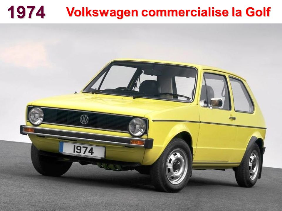 1974 Volkswagen commercialise la Golf