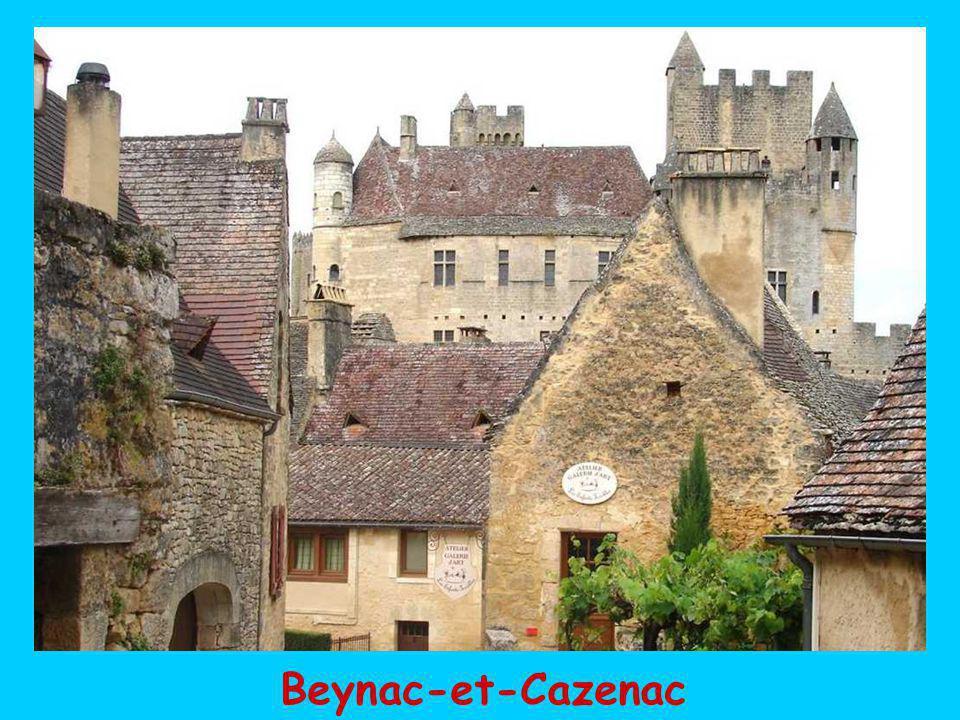 et ses 4 villages satellites classés parmi les plus beaux de France: