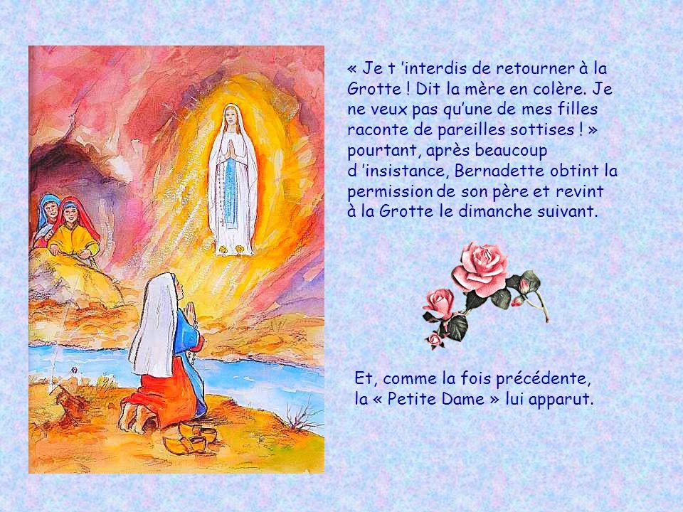 Au milieu de la lumière, il y avait une « Petite Dame » toute vêtue de blanc, une rose sur chaque pied ; elle était belle et gentille, et salua Bernad