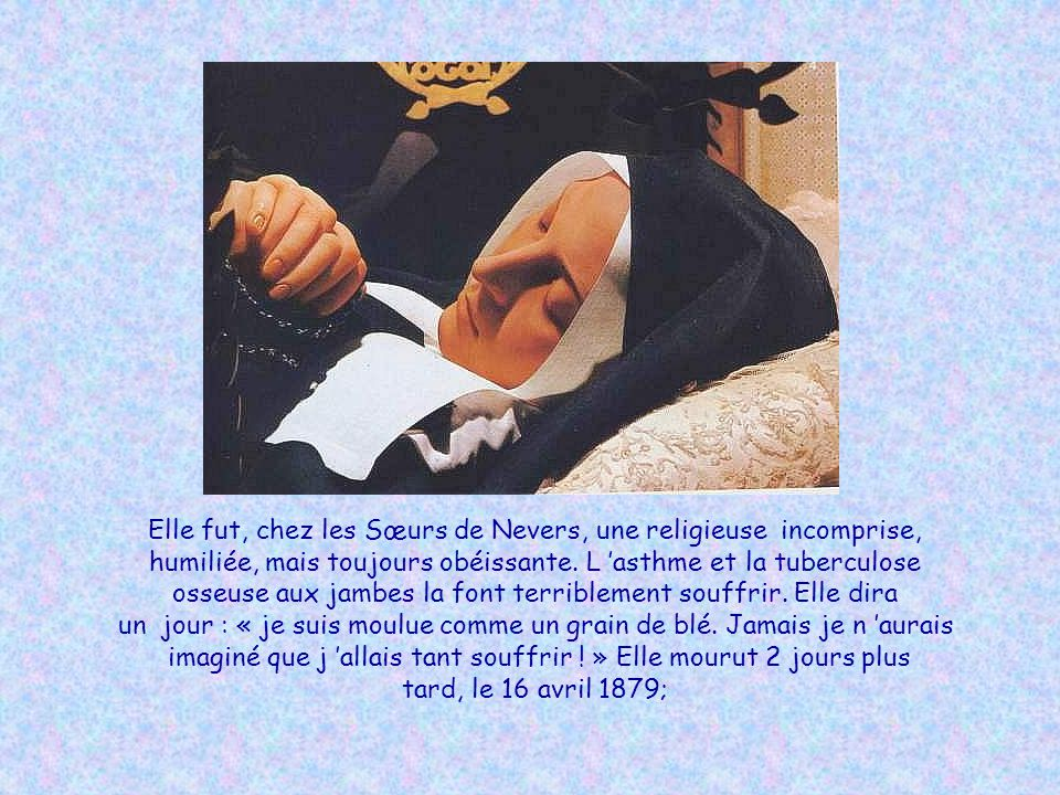 Se répétant ces mots étranges, incompréhensibles, tout le long du chemin, Bernadette se précipita chez le curé : « Je suis l Immaculée Conception ! »