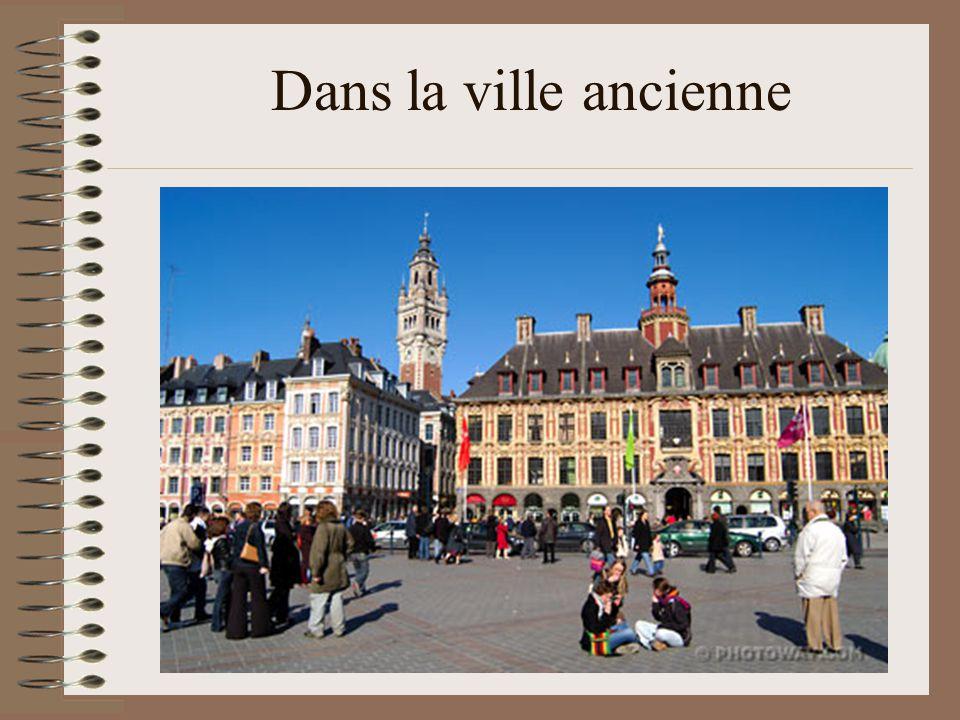 Il se trouve dans l incontournable rue de la Monnaie, du nom de l ancien hôtel de la Monnaie, implanté par Louis XIV.
