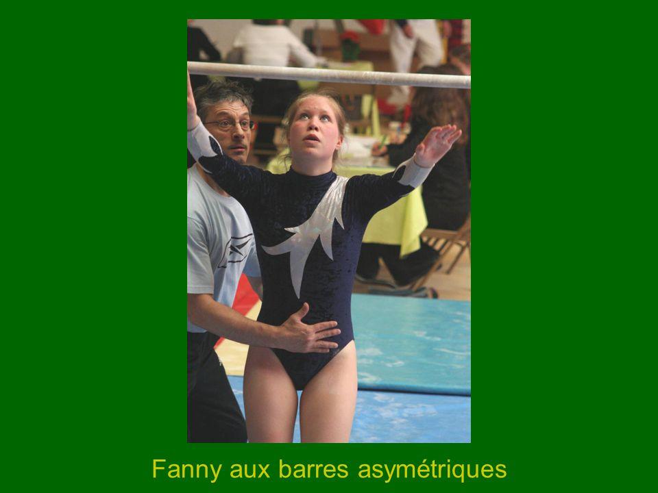 Fanny aux barres asymétriques