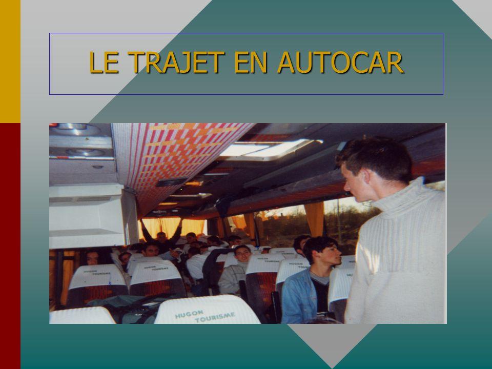 LE TRAJET EN AUTOCAR