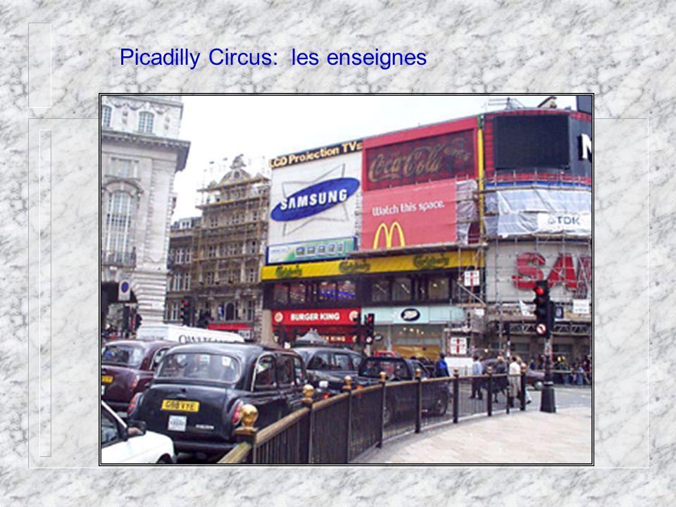 Picadilly Circus : les magasins