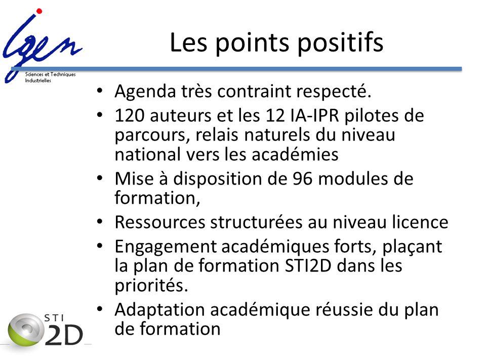 Les points positifs Agenda très contraint respecté. 120 auteurs et les 12 IA-IPR pilotes de parcours, relais naturels du niveau national vers les acad