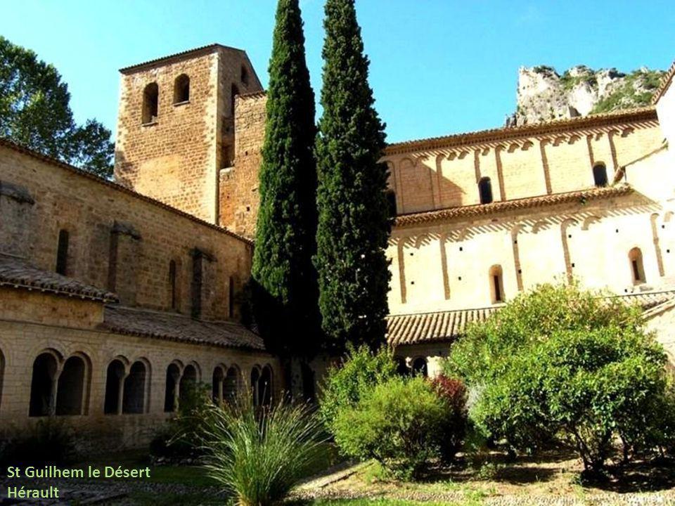 St Guilhem le Désert Hérault