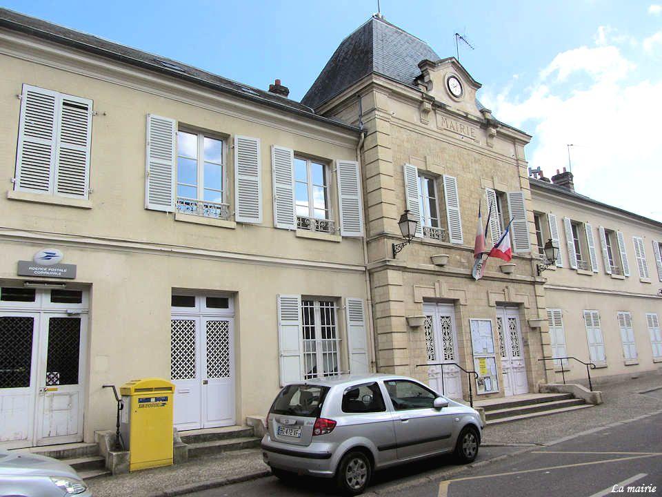 Au XVIIIe siècle, le fief est partagé entre le prince de Conti et l abbaye Saint-Martin de Pontoise.