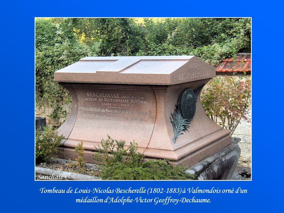 Qui de nous, na pas eu entre les mains, un livre de grammaire nommé Bescherelle ? Louis-Nicolas Bescherelle est né à Paris en 1802. En 1846, il publie