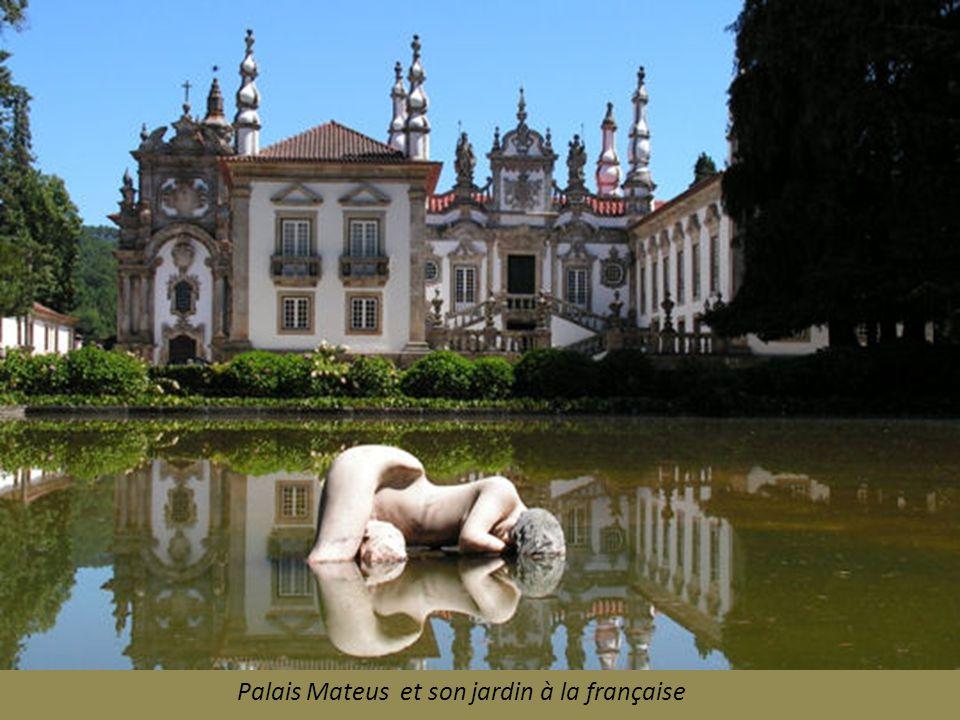 Braga : ses églises, la Cathédrale La Sé.et la Bom Jésus do Monte et son escalier