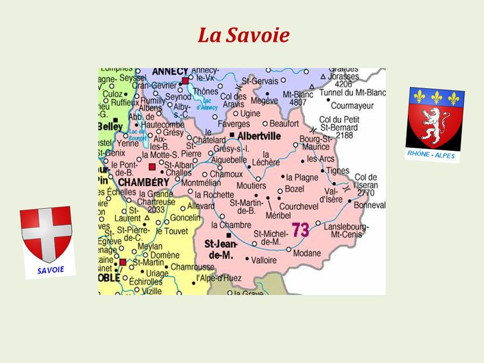 Valloire la vallée de la Valloirette. et les rochers de la Grande Paré