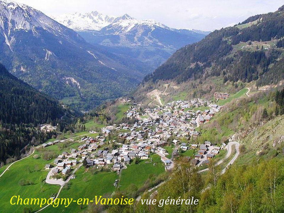 Bozel vue sur le village