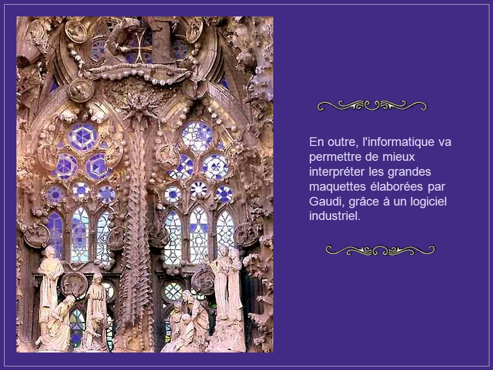 La livraison était prévue pour 2020 ou 2023, mais actuellement on parle officiellement de 2026, centenaire de la mort de Gaudí, bien qu'elle aura plut