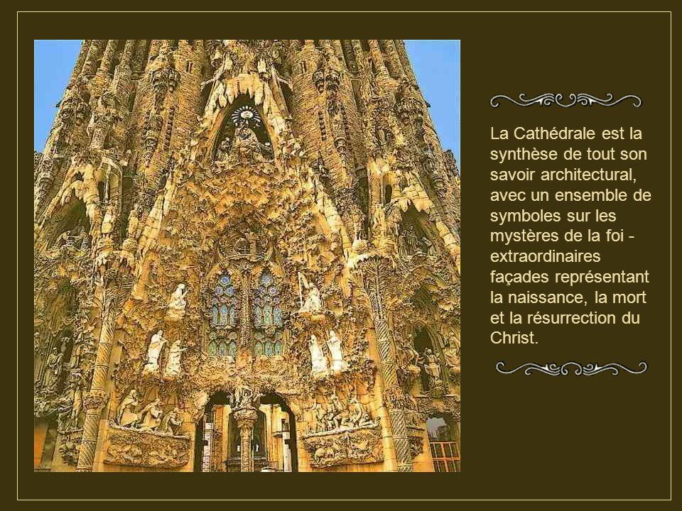 En 1883, il prend la direction des oeuvres et il va ensuite consacrer toute sa vie à la réalisation de ce monument qu'il laisse inachevé en 1926 date