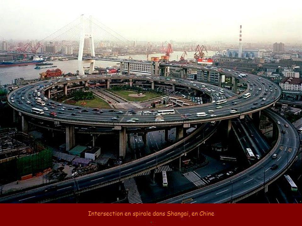 La finition impeccable des viaducs japonais.