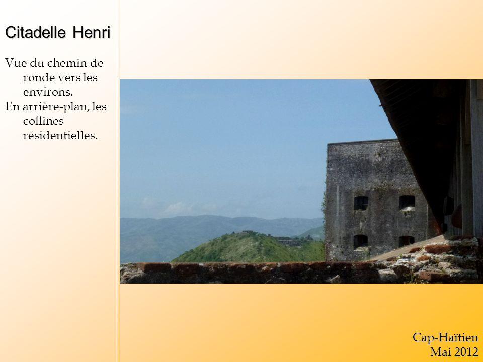Citadelle Henri Vue du chemin de ronde vers les environs.