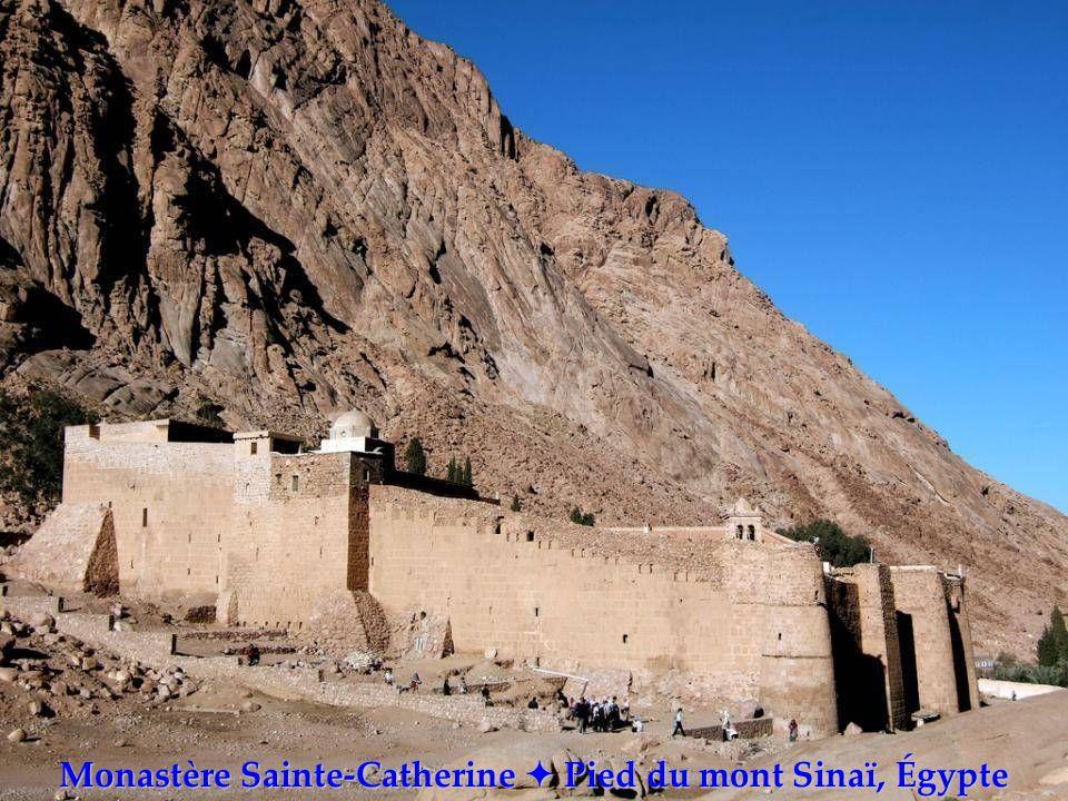 Monastères du Monde Cliquez pour avancer