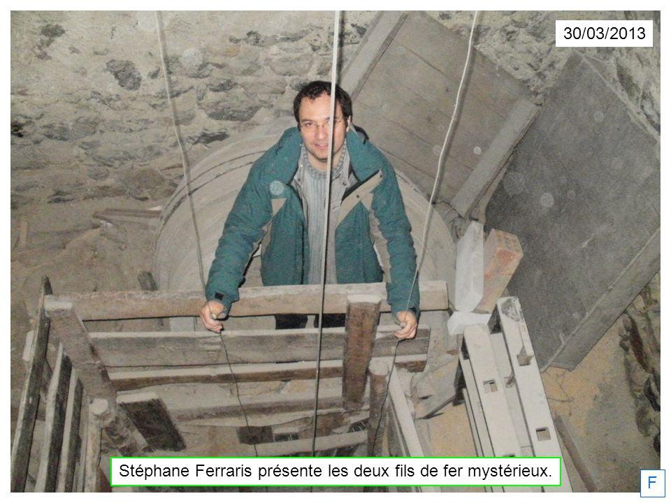 30/03/2013 Stéphane Ferraris présente les deux fils de fer mystérieux. F