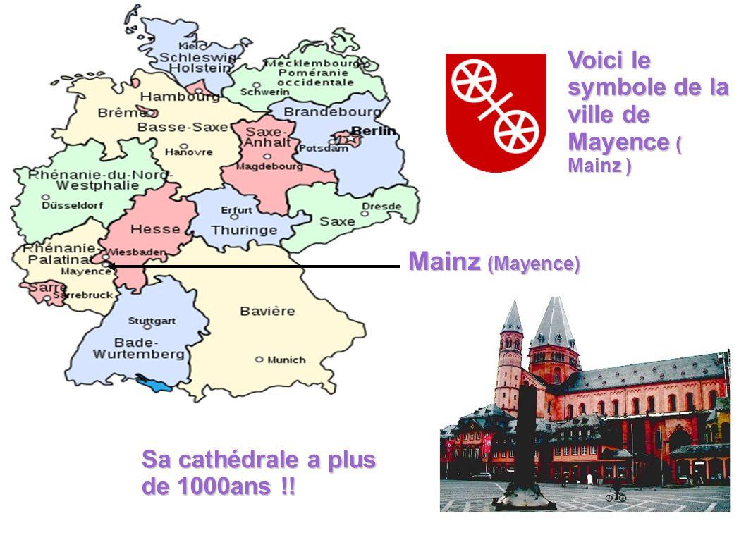 Gutenberg ( Le > de l imprimerie ) On associe la ville de Mayence avec Gutenberg.
