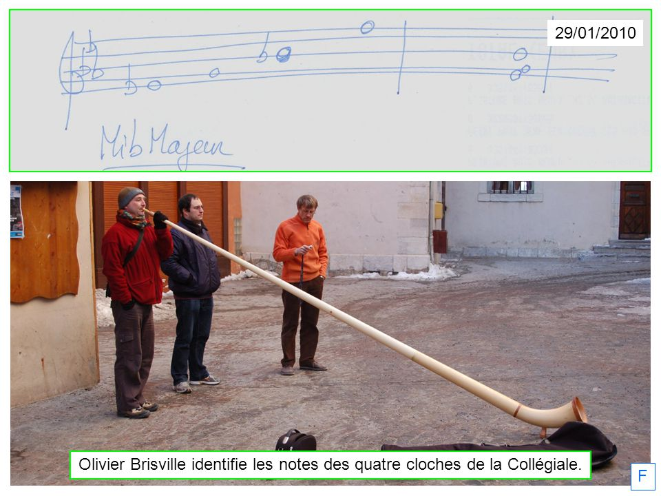 F 29/01/2010 Olivier Brisville identifie les notes des quatre cloches de la Collégiale.
