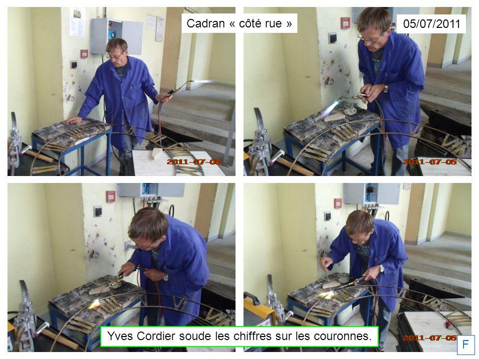 05/07/2011 Yves Cordier soude les chiffres sur les couronnes. F Cadran « côté rue »