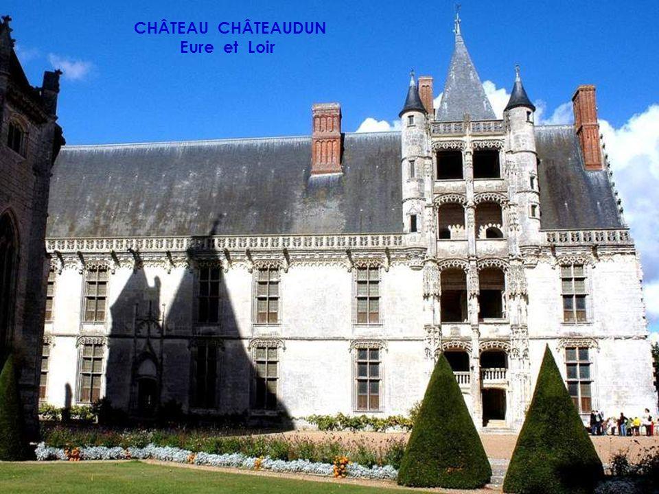 CHÂTEAU DE CHAUMONT SUR LOIRE Loir et Cher